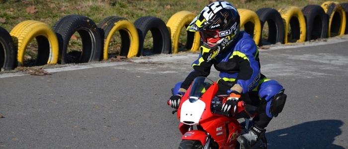 No puedo leer ni escribir Deportes Odiseo  Guía para elegir un casco de moto de niño